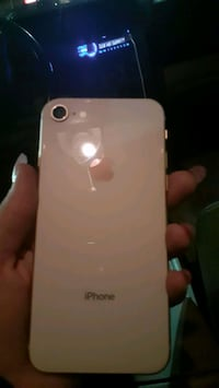 iPhone 8 mint cond