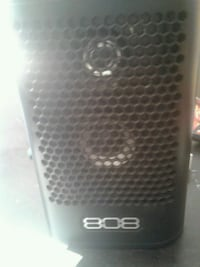 808 Bluetooth speaker exellent condition  Bakersfield, 93308