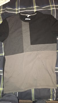 Calvin Klein T-shirt  Peterborough, K9J 5C8
