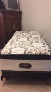 Box spring and mattress and frame Edmonton, T6H 2R9