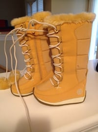 Timberland Toddler lace up boots - size 5 Markham, L3P 2T5
