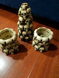 3 skull candle holders Avon-by-the-Sea, 07717