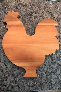 Rooster cutting board- new Derwood, 20855