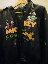 mickey in good condtion zipper just needs to be fi Henderson, 89011