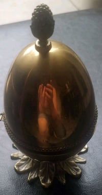Egg shaped brass lighter Las Vegas, 89122