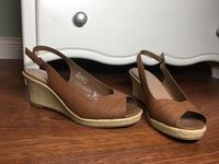 pair of brown leather open-toe wedge sandals 3717 km