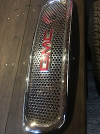 silver GMC automotive front grille Milwaukee, 53215