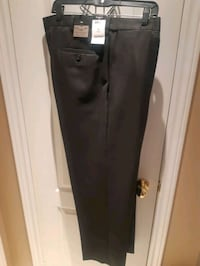 Men's Size 42 Black Dress Pants.  Vaughan, L6A 2H6