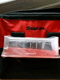 Snap-on socket set w/magnet tray