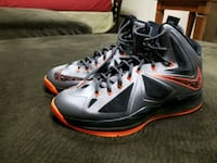 pair of gray-and-red Nike basketball shoes Rockville, 20855