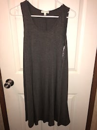 Ladies boutique dresses size small  Braxton, 39044