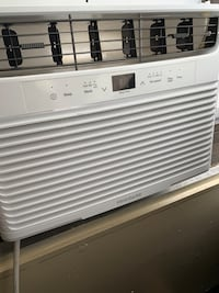 Window (Frigidaire)Air Conditioner