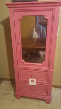 Pink 2 drawer mirrored armoire Coventry, 06238