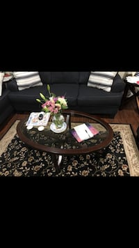 Coffee table set with 2 matching end tables and two lamps  Yucaipa, 92399