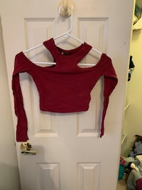 Burgundy crop top with shoulders out