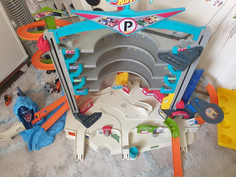 Hotwheels Garage 1