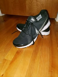 Nike running shoes size 10 Laval, H7X 2P3