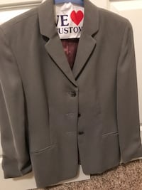 Ann Taylor skirt suit size 4. Barely worn Trophy Club, 76262