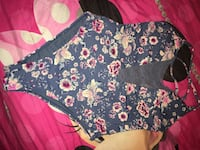 Arden bathing suit size small but fits medium (small rip where cleavage shows)  Lachine, H8S 3P9