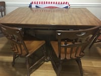 Solid Wood Table and four Chairs Woodbridge, 22193