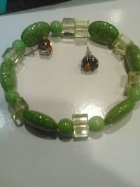 green and gold beaded bracelet 49 km