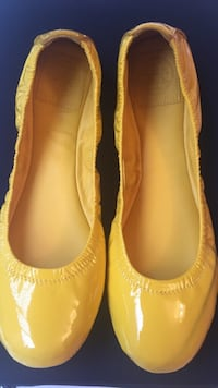 TORY BURCH patent leather flats  Montréal, H3M 2G6