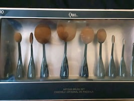 ARTISAN BRUSH SET -QUO                                   10 brush set