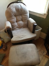 White leather padded glider chair Seven Springs, 28578