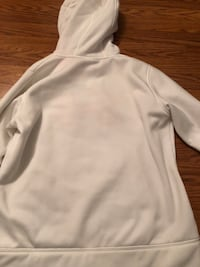 Under Armour pink camo hoodie BRAND NEW  Dearborn Heights, 48127