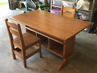 Kids table with 2 chairs Highlands Ranch, 80129