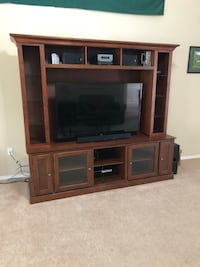 Brown wooden tv Console  Niceville, 32578