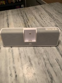 Logitech iPod docking speaker