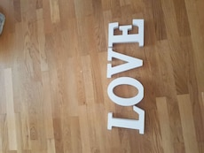 hvit tre LOVE cut-out