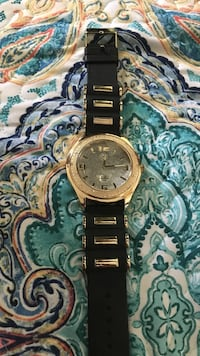 round gold analog watch with link bracelet Clinton, 29325
