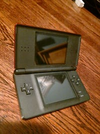 black Nintendo DS with game cartridge Lee's Summit, 64064