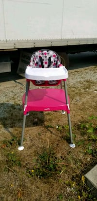 baby's pink and white high chair Coquitlam, V3K 3W3