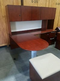 CHERRY L-SHAPED EXECUTIVE DESK WITH TOP HUTCH