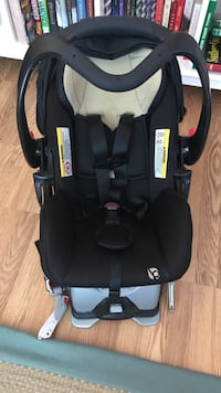 baby's black and gray car seat carrier Springfield, 22150