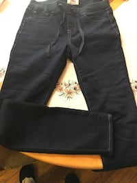 Pants  Brentwood, 20722