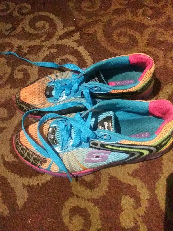 aacbe8a0af7634 Used Skechers shoes for sale in Naples - letgo