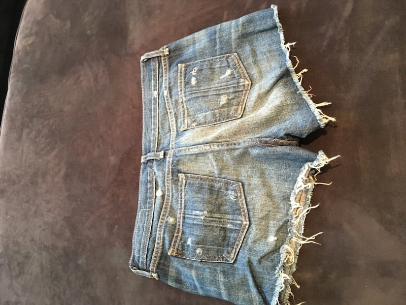 Rag & Bone jean shorts, women's size 27, never worn! 9cd5dad6-34a9-4a76-bffa-325e36adab16