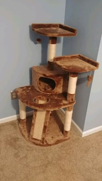 Cat tree and scratch post