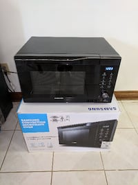 microwave/convection oven, brand new, Samsung Whitchurch-Stouffville