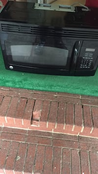 Black GE MICROWAVE OVEN  Fayetteville, 28314