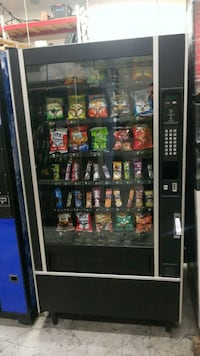 Snack vending machine fully refurbished  Gaithersburg, 20879