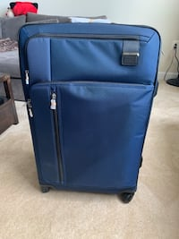BRAND NEW!!! Tumi Merge Extended Trip Expandable Bag Arlington, 22203