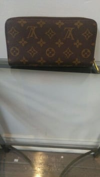 black and brown Louis Vuitton leather wallet Brampton, L6W 2A7
