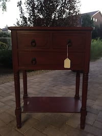Red side table Henderson, 89044