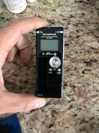 Small quality Olympus voice recorder Spruce Grove, T7X 4M8