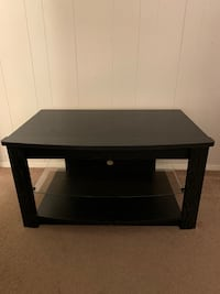 Black TV DVD player stand Glen Burnie, 21061